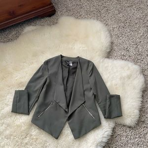 H&M size 4 Olive green cropped blazer